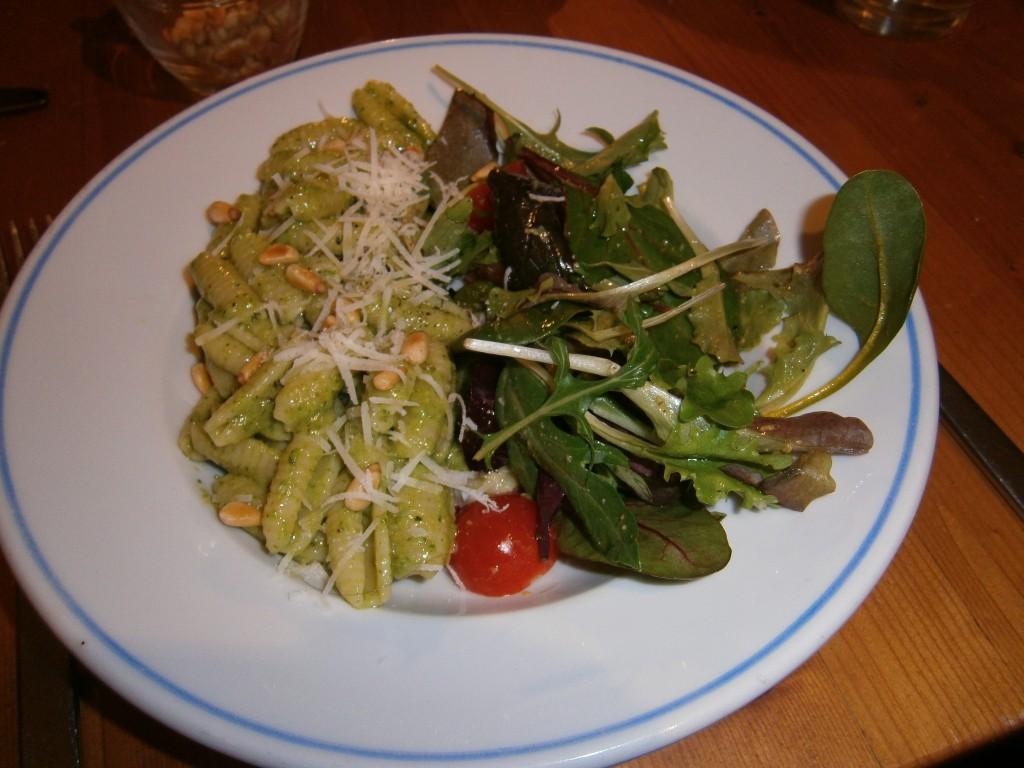 Je kunt dit gerecht ook gewoon maken met gnocchi-vormige pasta.
