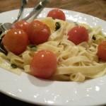 Tagliatelle met boter en salie & tomaatjes uit de oven